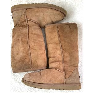 UGG Australia Boots Size 6 Brown Tall Boot Midcalf
